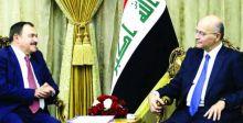 صالح: خدمة أسر الشهداء شرفٌ لنا