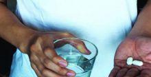 الاجتهاد بصرف الأدوية يهدد حياة المرضى
