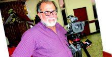 جواد اللامي..  يعمل تلفزيونياً بكاميرا سينمائية