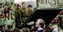 كيف سمح غورباتشوف بسقوط جدار برلين؟