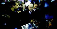 الرئيس الجزائري  يتعهد بإجراء تغييرات دستورية عميقة