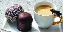 القهوة والشوكولاتة تعززان الذكاء