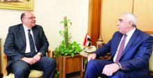 العراق ومصر يبحثان إعفاء حملة الجوازات الدبلوماسية من التأشيرة