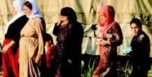 معلّم يرعى أبناء المناطق المحررة من {داعش»