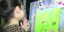 أطفال روس يدعمون مصابي كورونا  في الصين بالرسم والألوان