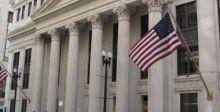 البنوك الأميركيَّة تفقد نصف أرباحها