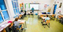 بعض البلدان تعيدُ فتح مدارسها