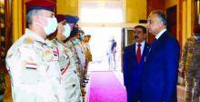 الكاظمي يشدّد على حصر السلاح بيد الدولة