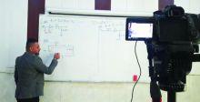 منصات التعليم الإلكترونية تفتح نوافذها لمساعدة الطلبة