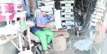 سوق الحرفيين في الناصريَّة تقاوم الانقراض