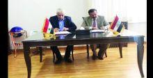 العراق يوقّع اتفاقية تعاون  مع سوريا بالسكك الحديد