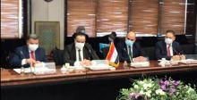 العراق وإيران يوقعان مذكرة تعاون اقتصادي مشترك
