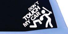 مركبات تحمل ملصقات تروج للقتل والعنف