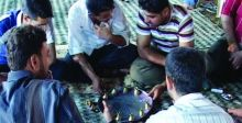 {سيني سنياني}.. لعبة تراثيَّة تشيع في رمضان