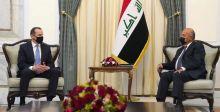 رئيسا الجمهورية والوزراء يبحثان مع وفد أميركي مخرجات الحوار الستراتيجي