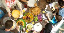 مائدة الإفطار.. يوم رمضاني مبارك