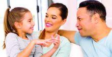 الحوار الأسري يزرع الثقة وينمي الشخصيَّة