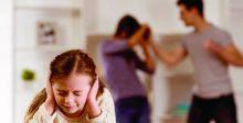 الطفلُ فريسة الخلافات الأسرية