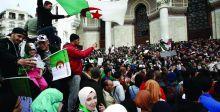 الجزائريون يواصلون تظاهراتهم للجمعة السابعة على التوالي